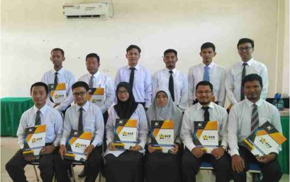 12 CPNS AKN Aceh Barat Terima SK