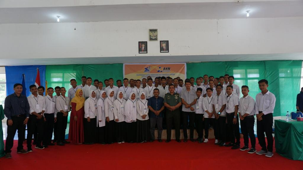 Danrem 012 Teuku Umar Isi Kuliah Umum di AKN Aceh Barat